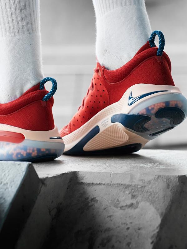Nike Joyride rosse